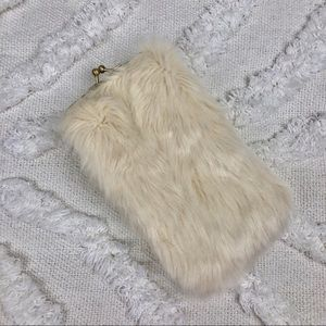 Handbags - Faux Fur Clutch
